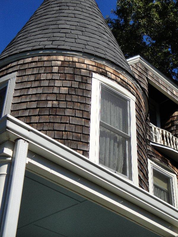 barbara-dolensek-house-exterior