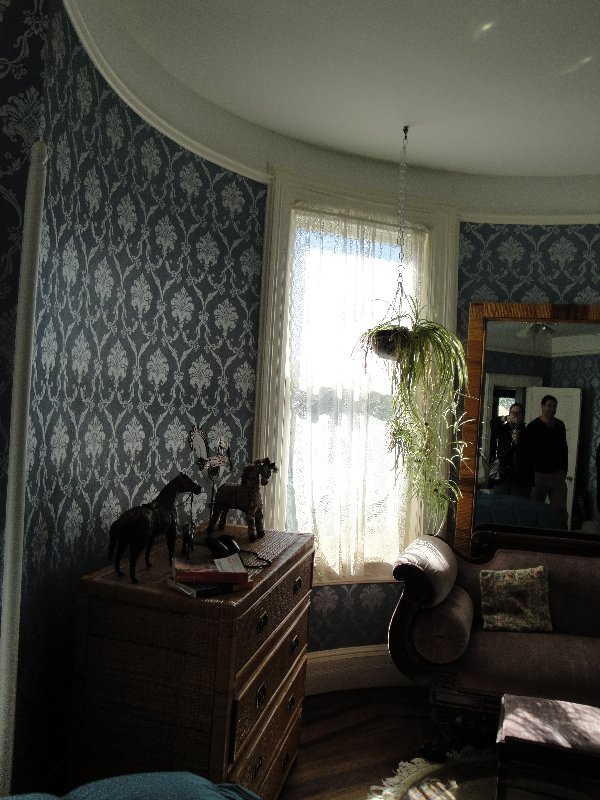 barbaras-house-bay-window-room-downstairs