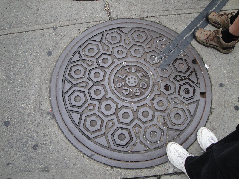 manhole-cover-2