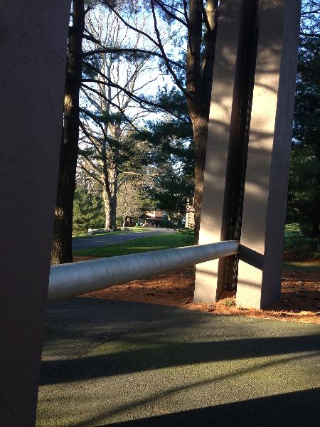 postmodern-gate-bar-down