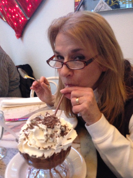helen-with-frozen-hot-chocolate
